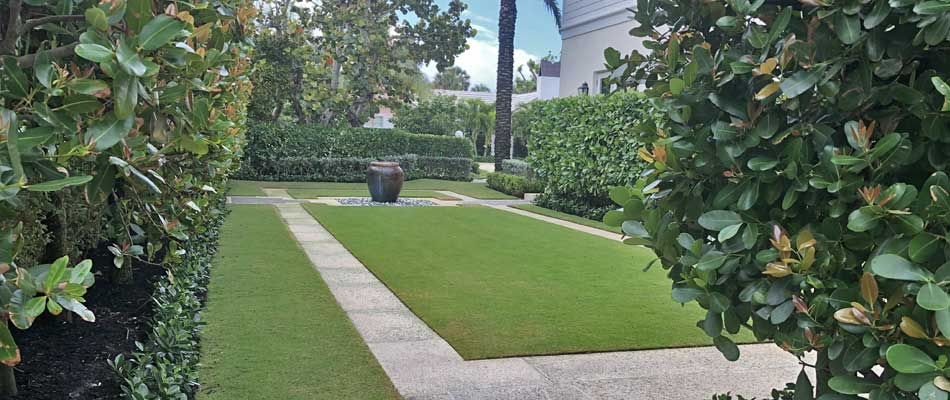 Large estate in Palm Beach, FL with lawn maintenance from Greenscape Design.