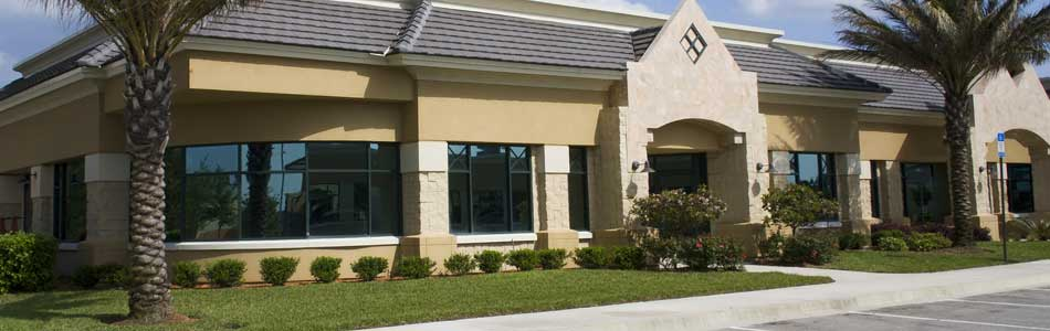 Landscaping at this Jupiter business is maintained by our company.