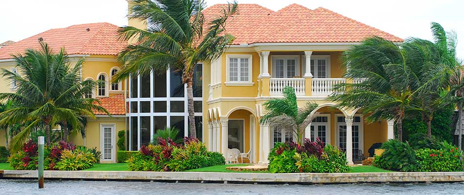 Best Plants to Use for Florida Beachfront Homes